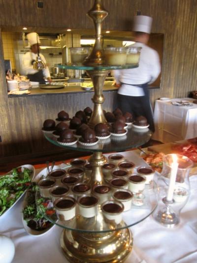 thai anmeldelser hotel d angleterre brunch
