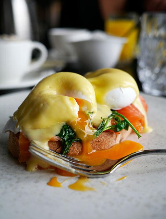 d'angleterre eggs benedict